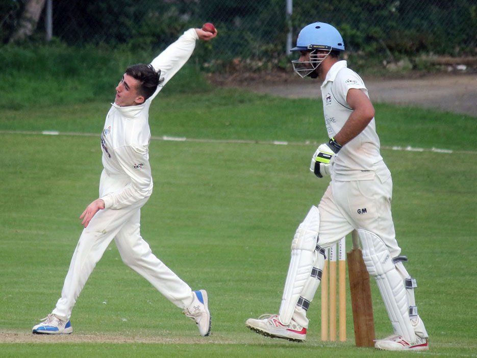 James Degg, whose three-wicket spell swung the game Torquay's way<br>credit: Gerry Hunt