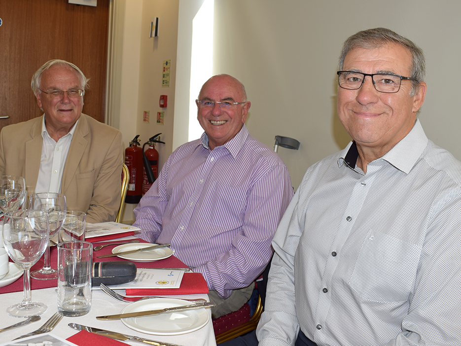 Neil Matthews (right) and friends at last year's DSCT lunch with special guest Mike Procter<br>credit: Conrad Sutcliffe