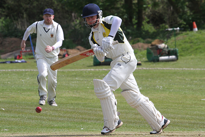 Elliot Rice - runs for Budleigh in the win over Brixham