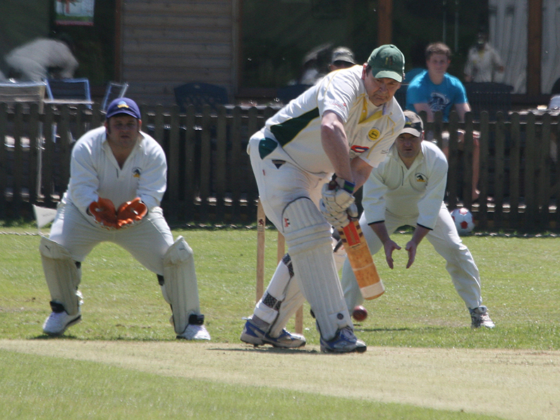 Rob Newing - runs for Exmouth 3rd XI against Feniton II