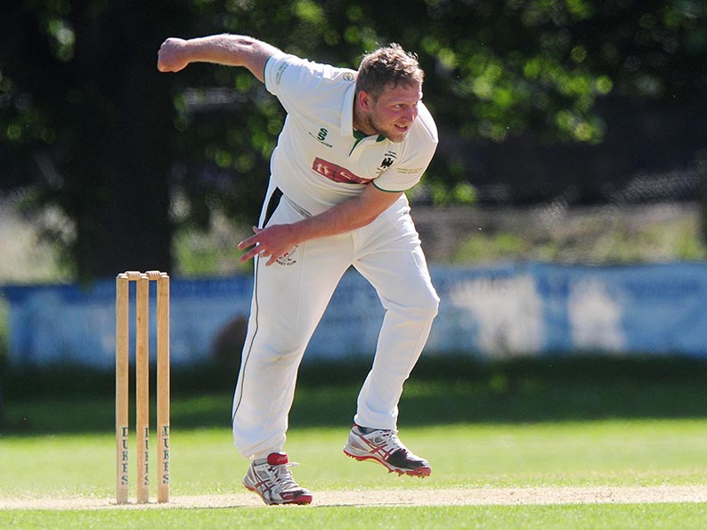 Ross Acton - firing on all cylinders again for Bradninch